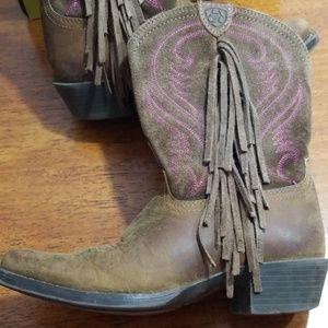 Ariat girl's 12.5 fringe leather cowgirl boots